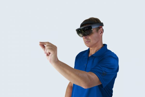 Vakman met HoloLens